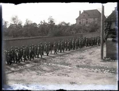 ARH NL Kageler 3, 1. Weltkrieg, Soldatenbegräbnis, Frankreich, zwischen 1914/1918
