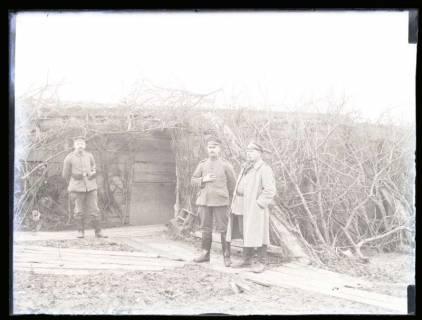 ARH NL Kageler 45, 1. Weltkrieg, Soldaten vor einer Stellung, Frankreich, zwischen 1914/1918