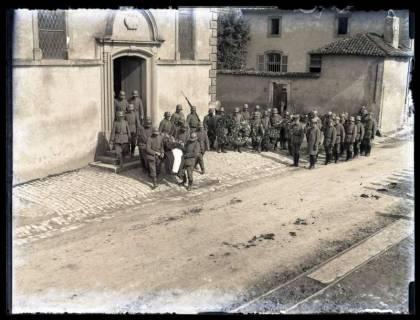 ARH NL Kageler 54, 1. Weltkrieg, Soldatenbegräbnis, Frankreich, zwischen 1914/1918