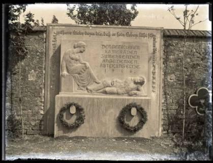 ARH NL Kageler 65, 1. Weltkrieg, Gedenkstein (Kriegerdenkmal), Frankreich, um 1916