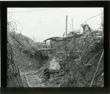 ARH NL Kageler 83, 1. Weltkrieg, Schützengraben mit Posten, Priesterwald (Bois-le-Prêtre), Frankreich, zwischen 1914/1918