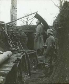 ARH NL Kageler 109, 1. Weltkrieg, Graben mit Posten, Priesterwald (Bois-le-Prêtre), Frankreich, zwischen 1914/1918