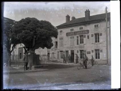 ARH NL Kageler 126, 1. Weltkrieg, Stadtbild und Kaffee, Frankreich, zwischen 1914/1918