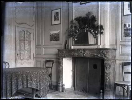 ARH NL Kageler 138, 1. Weltkrieg, Zimmer mit Kamin, Frankreich, zwischen 1914/1918