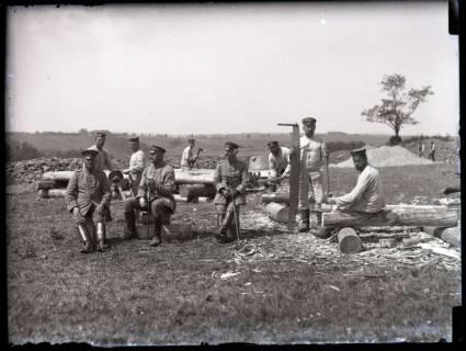 ARH NL Kageler 162, 1. Weltkrieg, Pause bei den Zimmerleuten, Frankreich, zwischen 1914/1918