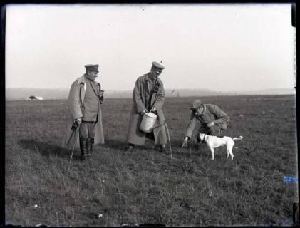 """ARH NL Kageler 165, 1. Weltkrieg, """"Vertreiben der Langeweile"""", Frankreich, zwischen 1914/1918"""