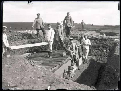 ARH NL Kageler 174, 1. Weltkrieg, kleiner Unterstand mit Schienendeckung, Frankreich, zwischen 1914/1918