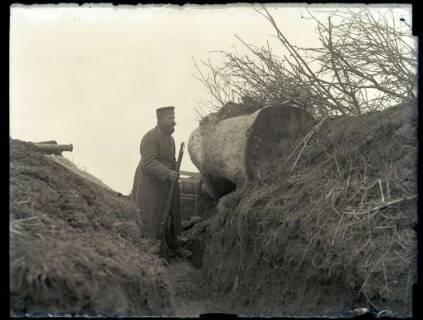 ARH NL Kageler 188, 1. Weltkrieg, Soldat in Schützengraben, Frankreich, zwischen 1914/1918