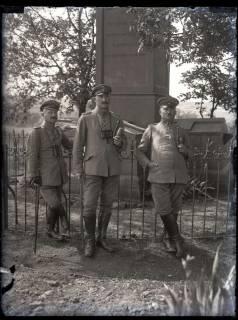 ARH NL Kageler 199, 1. Weltkrieg, Offiziere auf dem Schanzplatz, Frankreich, zwischen 1914/1918