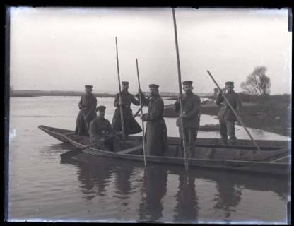 ARH NL Kageler 201, 1. Weltkrieg, Boot auf der Mosel bei Ay, Frankreich, zwischen 1914/1918