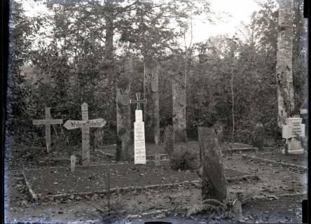 ARH NL Kageler 225, 1. Weltkrieg, Friedhof im Priesterwald (Bois-le-Prêtre), Frankreich, zwischen 1914/1918