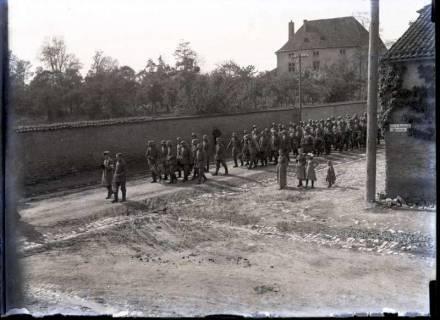 ARH NL Kageler 233, 1. Weltkrieg, Soldatenbegräbnis in Secourt, Frankreich, zwischen 1914/1918