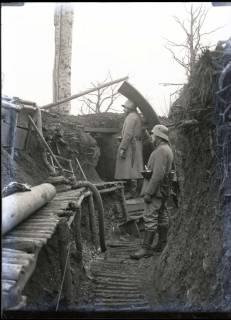 ARH NL Kageler 248, 1. Weltkrieg, Graben mit Posten, Priesterwald (Bois-le-Prêtre), Frankreich, zwischen 1914/1918