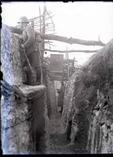 ARH NL Kageler 250, 1. Weltkrieg, Graben mit Posten, Maashöhen, Frankreich, zwischen 1914/1918