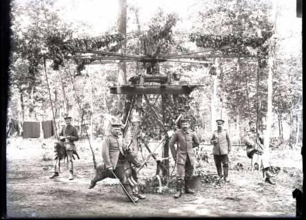 ARH NL Kageler 270, 1. Weltkrieg, Soldaten auf Karussell, Frankreich, zwischen 1914/1918