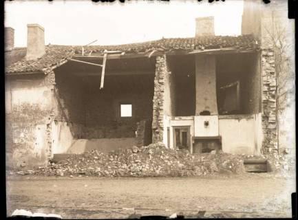 ARH NL Kageler 322, 1. Weltkrieg, zerstörtes Haus in Abaucourt, Frankreich, ohne Datum