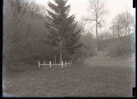 ARH NL Kageler 336,  1. Weltkrieg, Grab von 1870 in der Manee Schlucht, Frankreich, zwischen 1914/1918