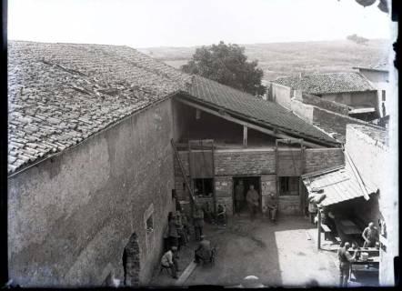 ARH NL Kageler 342,  1. Weltkrieg, Quartier auf einem französischen Bauernhof, Frankreich, zwischen 1914/1918