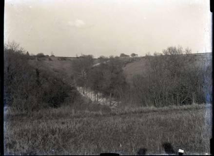 ARH NL Kageler 413, 1. Weltkrieg, Schlucht in St. Hubert zwischen Gravelotte und Fort Kaiserin, Frankreich, zwischen 1914/1918