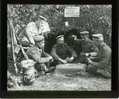 ARH NL Kageler 427, 1. Weltkrieg, Skat im Wald bei Unterhofen (Secourt), Frankreich, zwischen 1914/1918