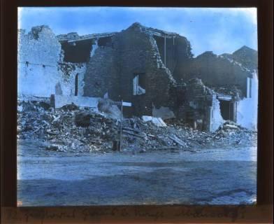 ARH NL Kageler 437, 1. Weltkrieg, zerstörtes Haus in Abaucourt, Frankreich, zwischen 1914/1918
