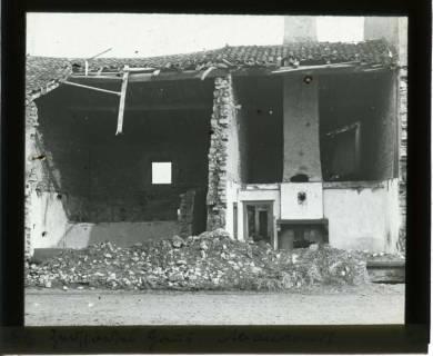 ARH NL Kageler 438, 1. Weltkrieg, zerstörtes Haus in Abaucourt, Frankreich, zwischen 1914/1918