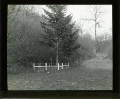 ARH NL Kageler 439,  1. Weltkrieg, Grab von 1870 in der Manee Schlucht, Frankreich, zwischen 1914/1918