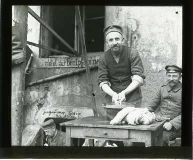 ARH NL Kageler 440,  1. Weltkrieg, Kageler bei der Wäsche, Abaucourt, Frankreich, zwischen 1914/1918