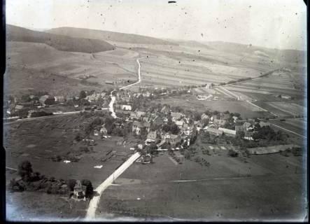 ARH NL Kageler 505, Luftbild eines Ortes im Bereich der Oberweser, vor 1914
