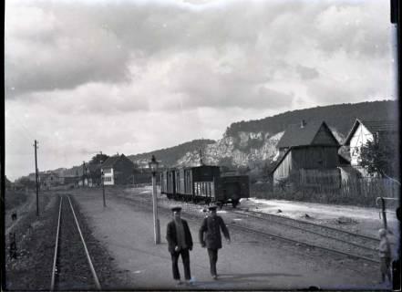 ARH NL Kageler 563, Bahnhof mit Gipsfelsen im Hintergrund, Niedersachswerfen, 1913