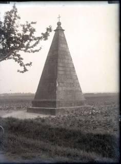 ARH NL Kageler 766, Obentrautdenkmal, Seelze, 1940