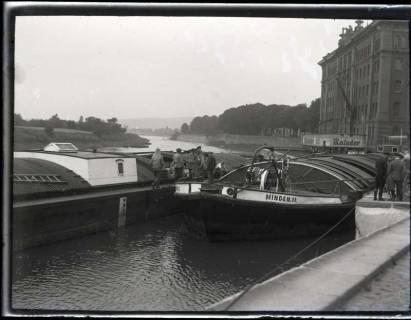 ARH NL Kageler 1135, Frachtkahn auf der Weser, Hameln, ohne Datum