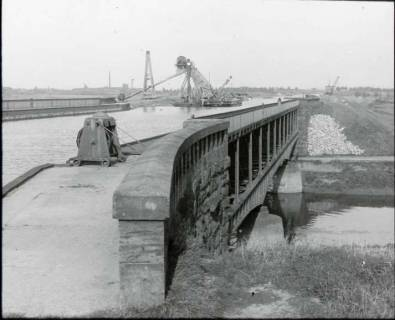 ARH NL Kageler 1234, Kanal über Leine, Seelze, ohne Datum
