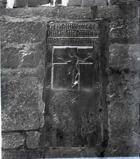 ARH NL Kageler 1256, Gotischer Grabstein, Hohenbostel, 1940