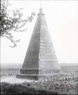 ARH NL Kageler 1279, Obentrautdenkmal, Seelze, 1940