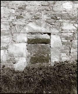 ARH NL Kageler 1298, An der Westseite, vermauertes Portal, Luttringhausen, 1940