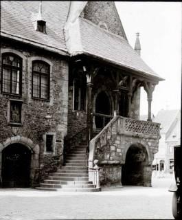 ARH NL Kageler 1320, Aufgang Rathaus, Goslar, 1913