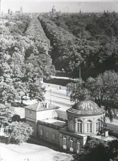 ARH NL Koberg 32, Herrenhäuser Allee (vom Palmenhaus aus gesehen), Hannover, vor 1939