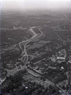 ARH NL Koberg 52, Luftbild von Hannover mit Königsworther Platz, Continental-Verwaltung, Bremer Damm, Universität und Technische Informationsbibliothek (TIB), 1965