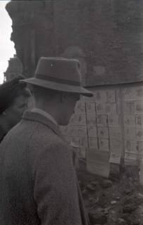 ARH NL Koberg 644, Tausch- bzw. Anschlagtafeln am Steintor, Hannover, 1946
