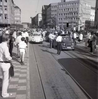 "ARH NL Koberg 1007, ""Rote-Punkt-Aktion"" am Steintor, Hannover , 1969"