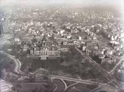 ARH NL Koberg 106, Hannover, u. a. mit Rathaus, um 1950