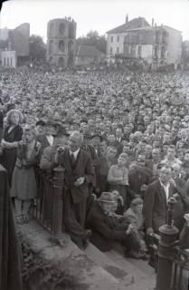 ARH NL Koberg 1065, Kundgebung der SPD auf dem Waterlooplatz, Hannover, 1946