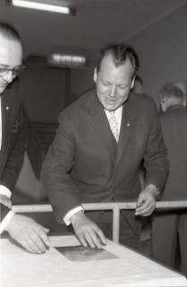 ARH NL Koberg 1072, Willy Brandt beim SPD Parteitag in der Stadthalle, Hannover, 1960