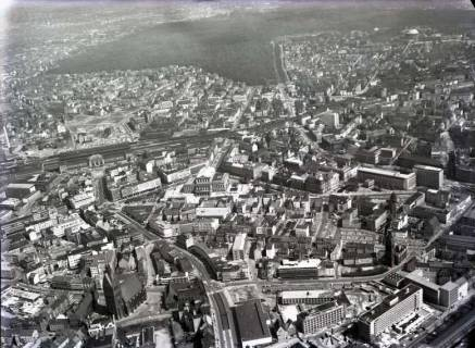 ARH NL Koberg 111, Hannover, u. a. Hauptbahnhof, Oper, Georgsplatz und Marktkirche, 1965