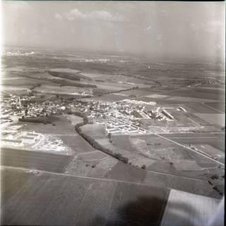 ARH NL Koberg 1422, Wohngebiete und Gewerbeansiedlung, Arnum, 1969
