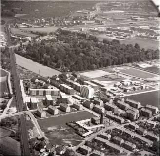 ARH NL Koberg 1521, Neubaugebiet mit Sportplatz, Empelde, 1969