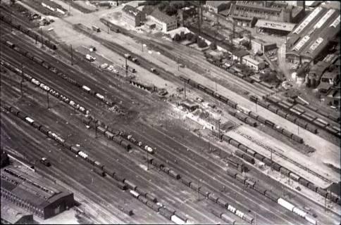 ARH NL Koberg 1588, Explosionsunglück auf dem Güterverladebahnhof, Linden, 1969