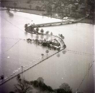ARH NL Koberg 1631, Leinehochwasser, Leinetal Mandelsloh, Schloß Ricklingen, Seelze, 1970