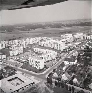 ARH NL Koberg 1640, Quer Bothefelder Straße, schräg nach rechts hinten Königsberger Straße, Altwarmbüchen, 1970